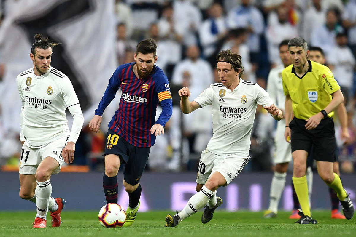 Siêu kinh điển: Messi, ác mộng của Real Madrid - Ảnh 1.