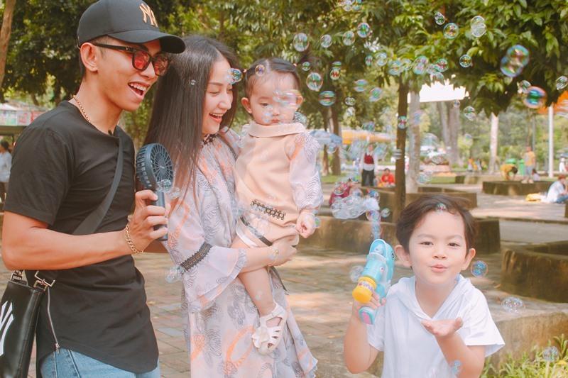 Mai Phương Thuý tiếp tục đăng ảnh hở bạo bất chấp bị chỉ trích