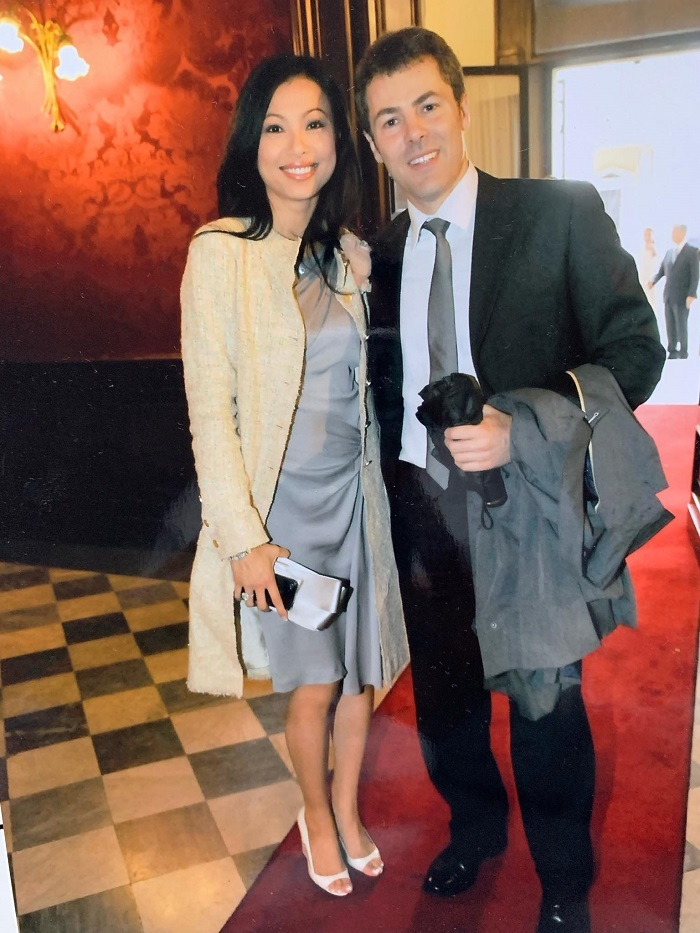 'Hoa hậu giàu nhất Việt Nam' không định cưới giáo sư Italy dù có 2 con chung