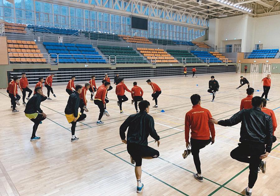 Sau Quang Hải, HLV Park Hang Seo nhận thêm tin vui từ Đình Trọng