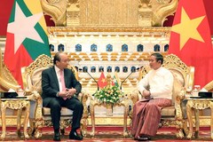 PM Nguyen Xuan Phuc meets top leaders of Myanmar