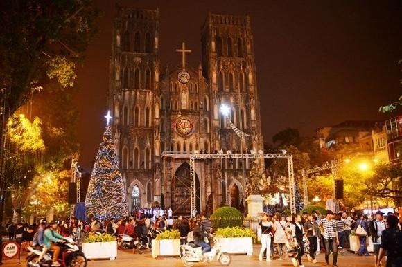 Những địa điểm đi chơi Noel thú vị ở Hà Nội