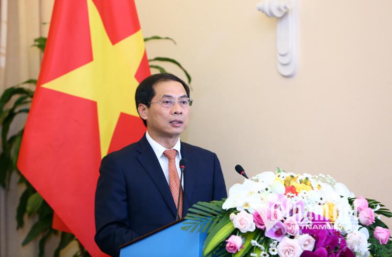 Công bố biểu tượng kỷ niệm 25 năm quan hệ ngoại giao Việt - Mỹ