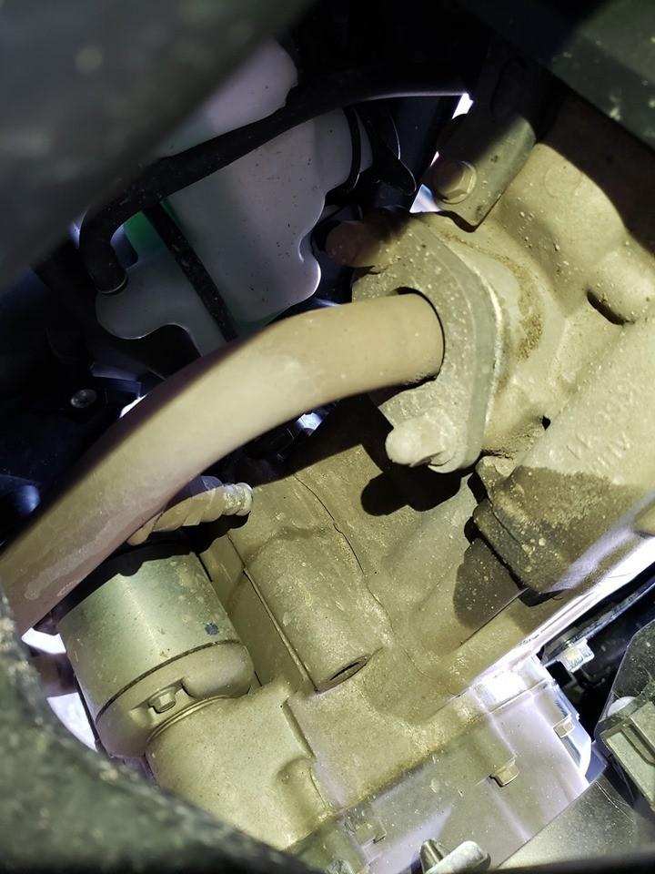 Honda Winner X vẫn mắc các bệnh cũ: Tiếng kêu khó hiểu, rò nhớt, cháy phanh