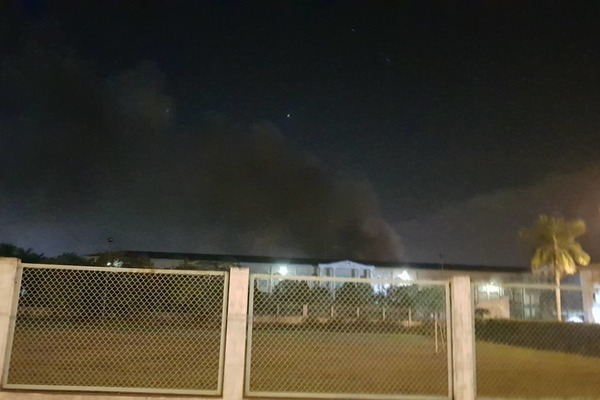 Cháy lớn, 1.000m2 nhà xưởng công ty giày da ở Hải Phòng bị thiêu rụi