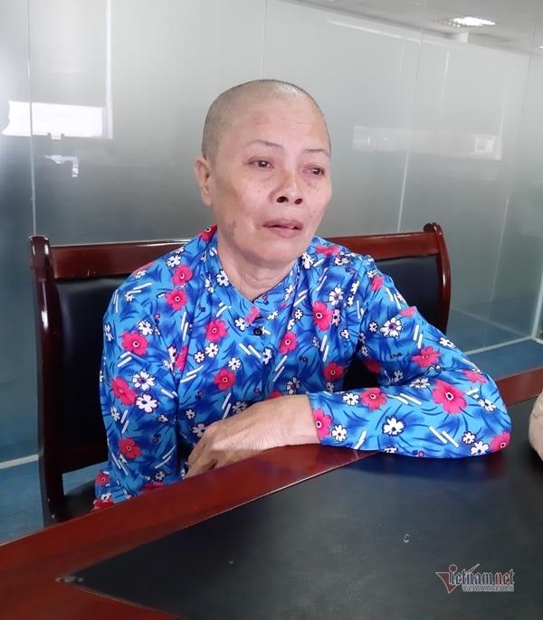 """Người phụ nữ """"run rẩy"""" trên chiếc ghế đá sau mỗi lần hóa trị ung thư"""