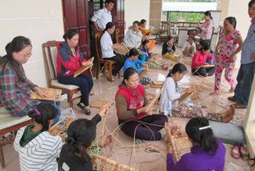 Thanh Hóa: Nông dân sau khi học nghề đã áp dụng kiến thức để thoát đói, giảm nghèo