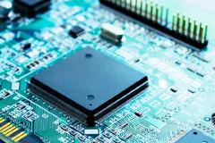Chiến lược phát triển công nghiệp điện tử, vi mạch