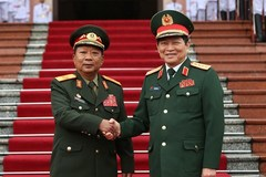 Vietnam steps up defence cooperation with Laos, Cambodia