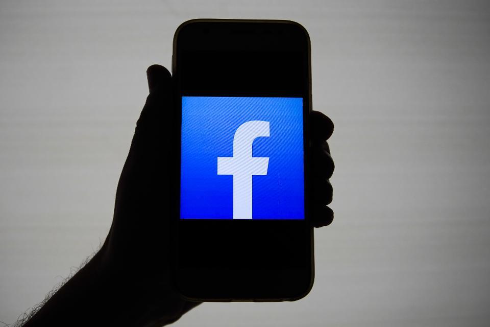 Facebook lại đối mặt scandal rò rỉ thông tin cá nhân lớn