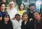 Việt Hương và đồng nghiệp viếng mẹ danh hài Hữu Nghĩa