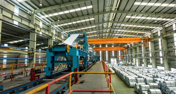 DOC áp thuế 456% cho thép Việt, Tập đoàn Hoa Sen nói gì?