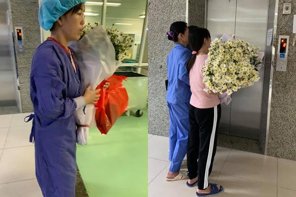 Người mẹ Bắc Giang trải hoa cúc trắng khắp người con sau khi con hiến tạng