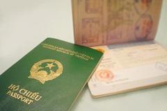 Du khách Việt mất hộ chiếu ở nước ngoài, cấp lại trong 2 ngày