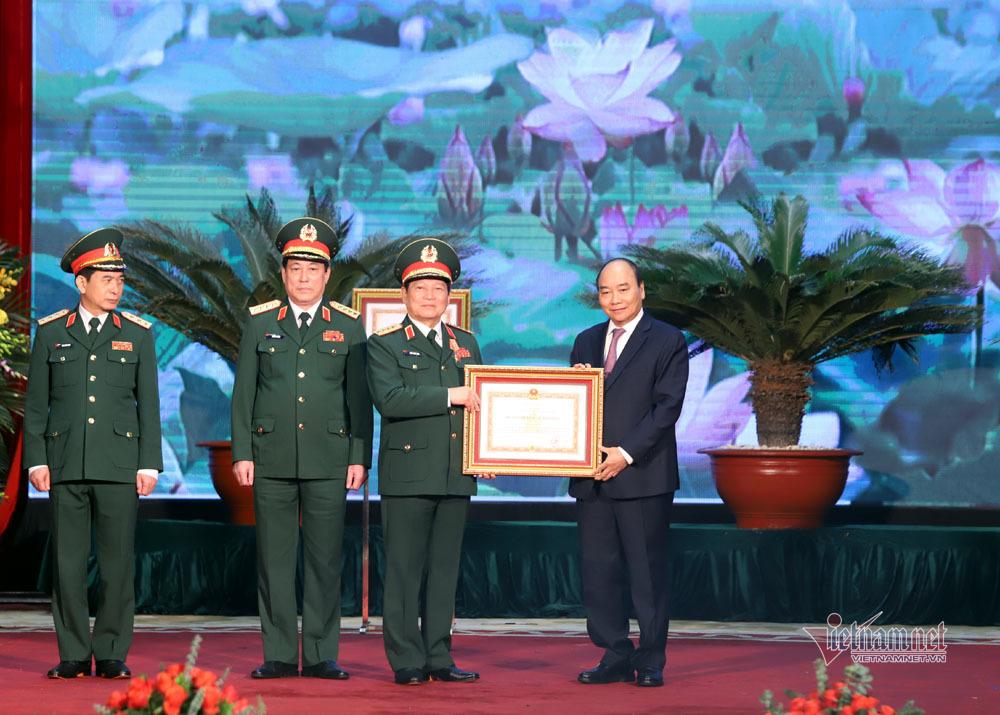 Nguyễn Xuân Phúc,Thủ tướng Nguyễn Xuân Phúc,Ngô Xuân Lịch,Nguyễn Thị Kim Ngân,Bộ Quốc phòng,quân đội