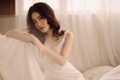 Bạn gái Văn Hậu, vợ sắp cưới Văn Đức chuộng phong cách gợi cảm