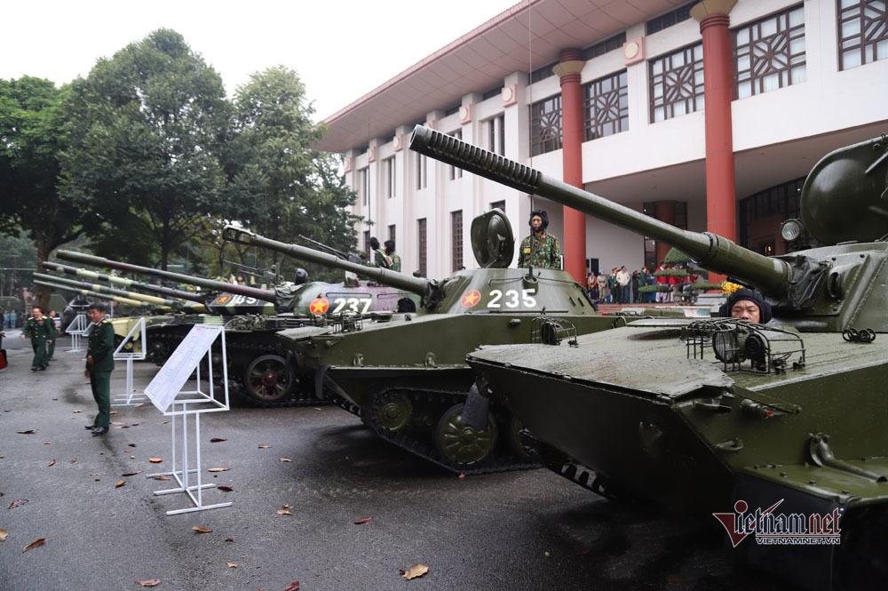 Bộ đôi xe tăng, xe bọc thép mạnh nhất Việt Nam tụ hội trong ngày đặc biệt