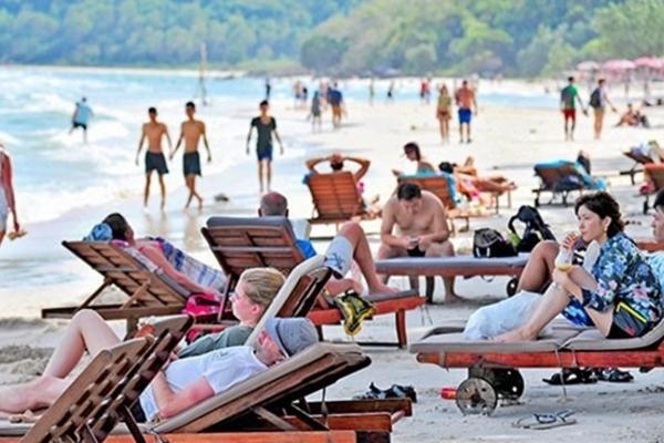 Phát hiện nhiều thẻ hướng dẫn viên du lịch giả ở Khánh Hoà