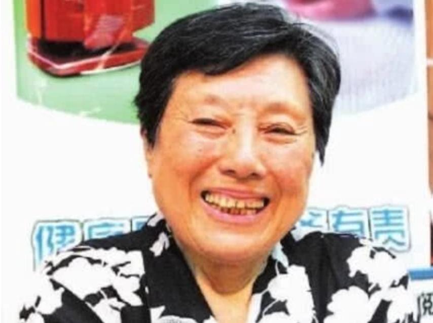 44 năm chiến đấu chống ung thư và 3 lần di căn, cụ bà chia sẻ bí quyết vàng