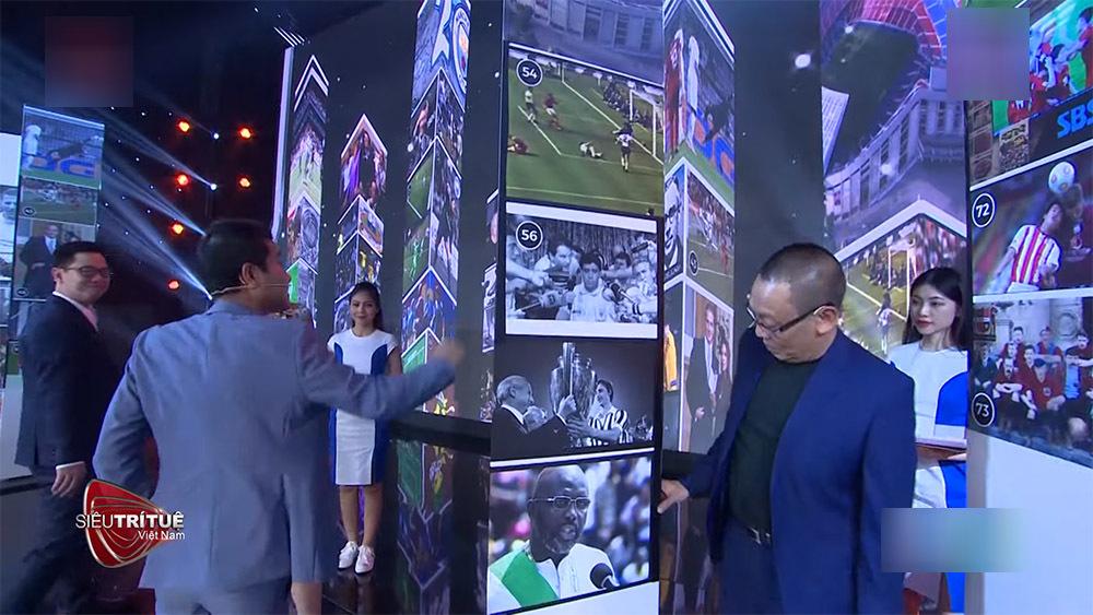 Cậu bé 11 tuổi chiến thắng khi ghi nhớ 1000 mốc lịch sử bóng đá