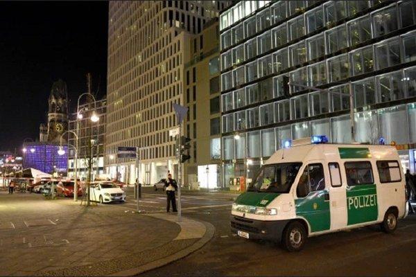 Chợ Giáng sinh Đức phải giải tán do lo sợ khủng bố