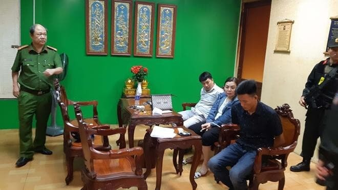 Tạm giữ 10 đối tượng khống chế giám đốc bệnh viện ở Biên Hòa