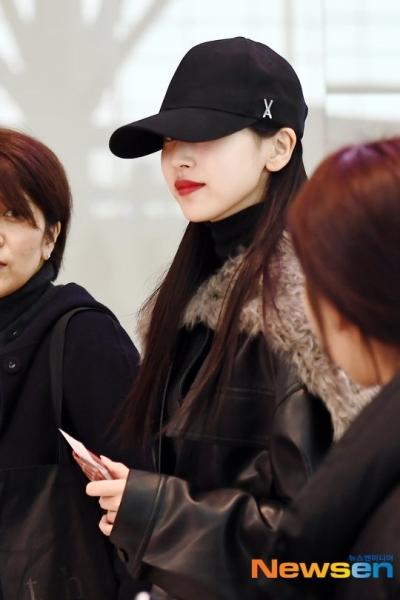 Phản ứng khán giả trước nụ hôn bất ngờ của Son Ye Jin và Hyun Bin