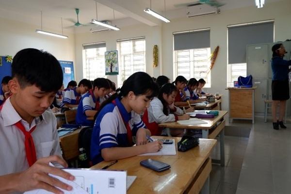 3.000 học sinh một quận phải thi lại môn Toán, tại học hay tại dạy?