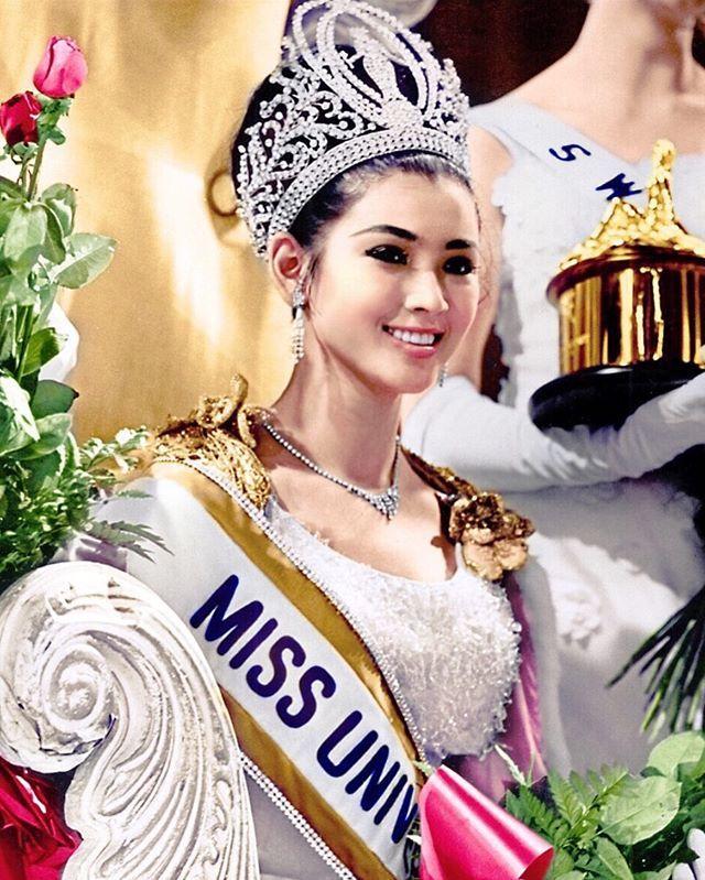 Nhan sắc trẻ trung khó tin ở tuổi 72 của Hoa hậu Hoàn vũ Thái Lan đầu tiên