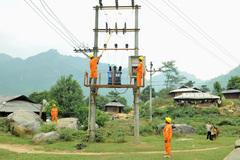 EVNNPC đảm bảo điện trong dịp Noel, Tết 2020