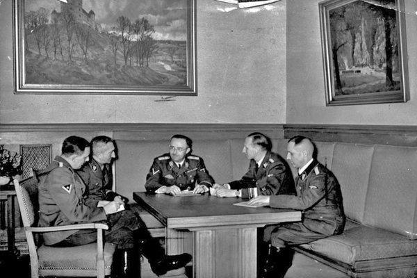 Bí ẩn số phận tên trùm mật vụ Đức Quốc xã