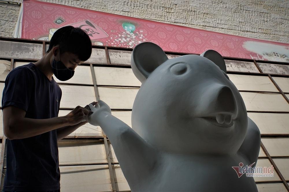 Lộ diện đàn chuột ngộ nghĩnh sắp ra đường hoa Nguyễn Huệ Tết Canh Tý