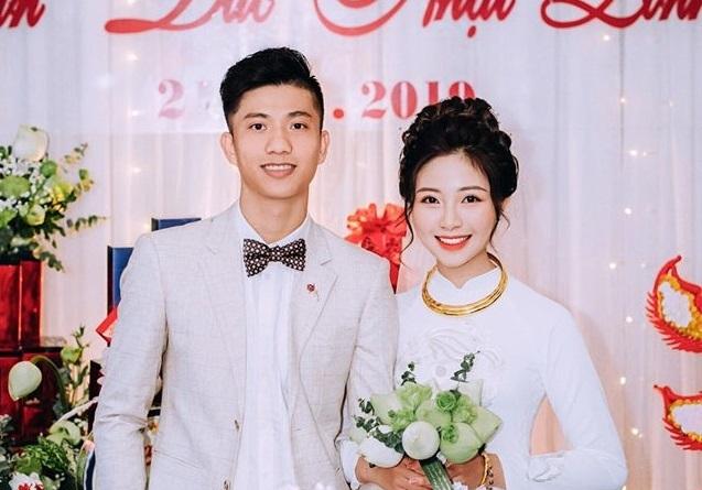 Hai đám hỏi gây bất ngờ trong giới cầu thủ Việt năm 2019
