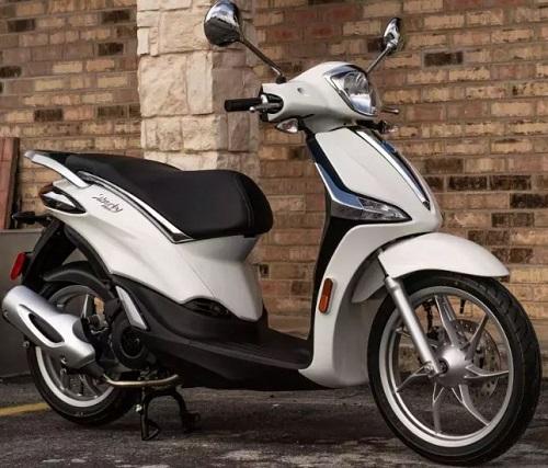 Cầm 60 triệu sắm xe Tết, Honda AirBlade 2020 hay Piaggio Liberty