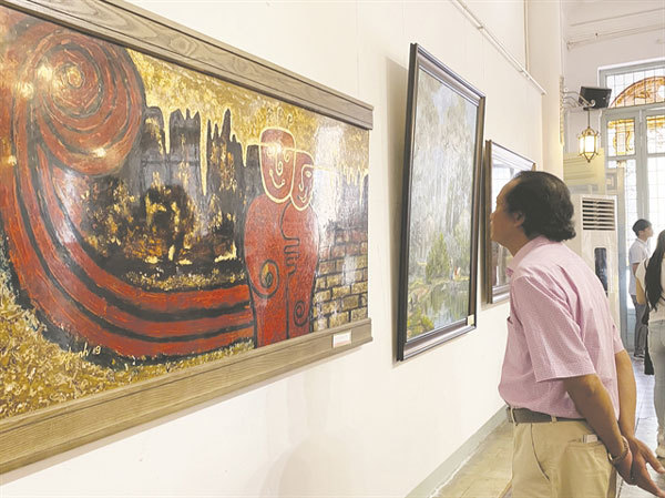 HCM City artists to welcome spring with new works