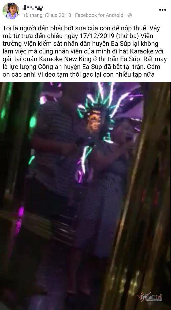 Nữ nhân viên y tế bị kỷ luật vì đi hát karaoke cùng Viện trưởng VKSND