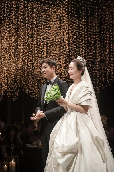 Song Hye Kyo và Song Joong Ki phủ nhận tin đồn tái hợp