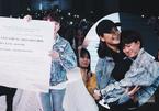 Bảo Hân 'Về nhà đi con' khoe giấy chứng nhận kết hôn, ôm chặt Thu Quỳnh