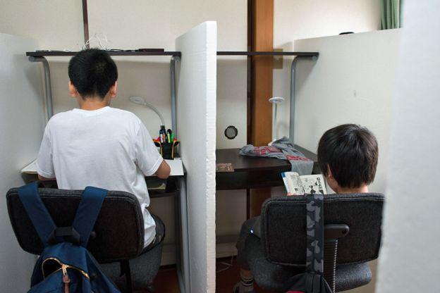 Tại sao ngày càng nhiều trẻ em Nhật Bản không đến trường?