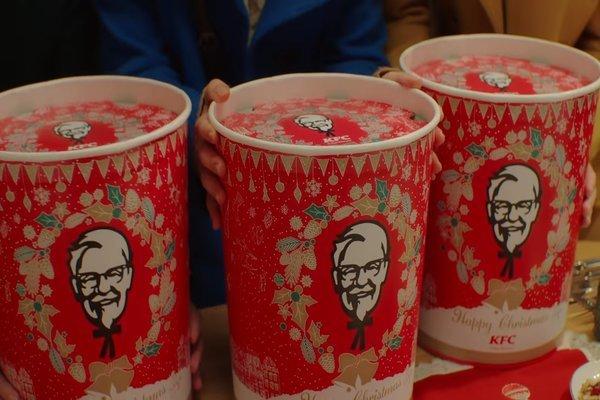 Lý do ăn gà rán KFC trở thành món truyền thống Giáng sinh ở Nhật