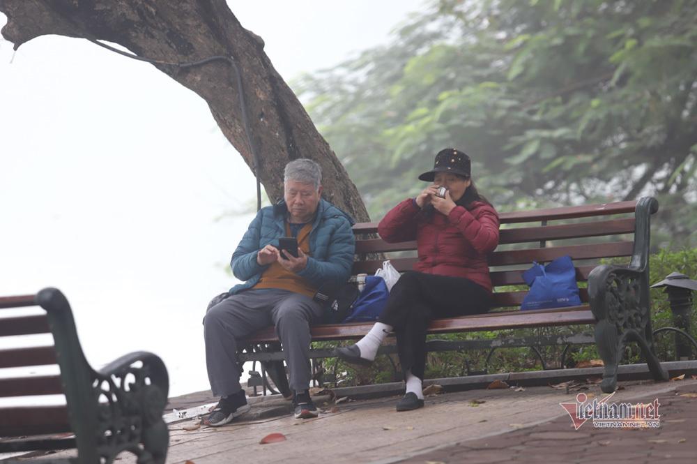 Mịt mù khắp nơi, không khí Hà Nội ở top 7 ô nhiễm nhất thế giới