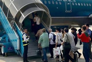 Vé máy bay Tết bán chậm, không hề có chuyện khan hiếm
