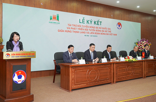 Hưng Thịnh Land tài trợ 100 tỷ đồng cho Đội tuyển bóng đá nữ Việt Nam