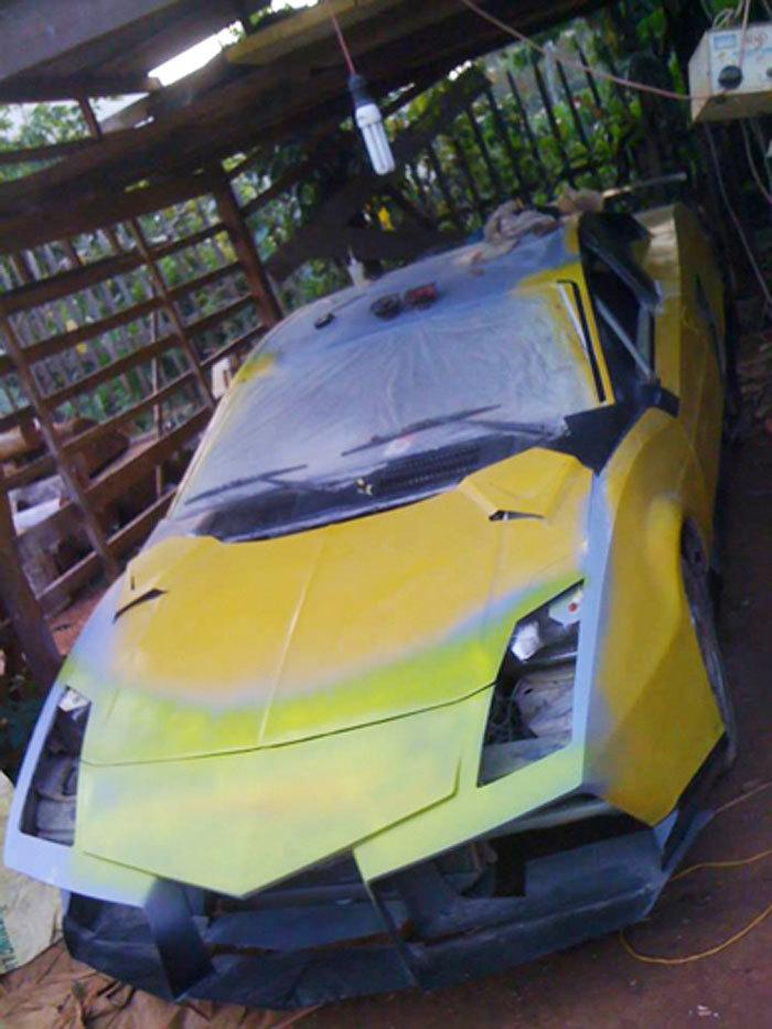 Chàng trai Đắk Nông chế xe đua, xe thể thao từ xe cũ nát