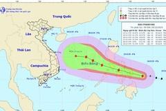 Typhoon Phanfone moving towards East Sea