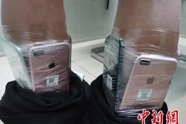 Người đàn ông gây sốc vì chiêu chuyển lậu cùng lúc 90 iPhone