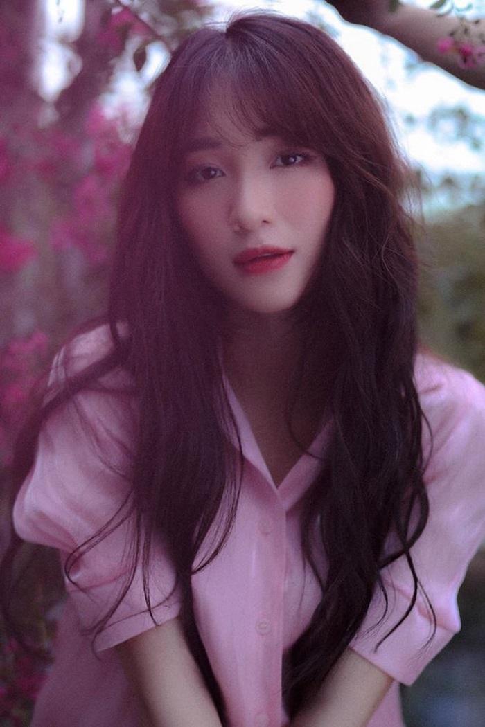 Hòa Minzy thị phi từ 'khóa môi' Công Phượng tới tin đồn sinh con cho thiếu gia