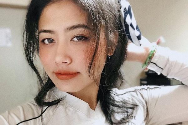 Hot girl Mỹ gây chú ý với những màn cover bài hát tiếng Việt