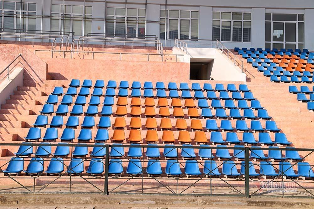 Bên trong SVĐ 10.000 chỗ ngồi, nơi xử vụ nữ sinh giao gà bị sát hại
