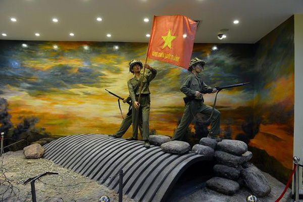 Return looted artworks to the Vietnamese people